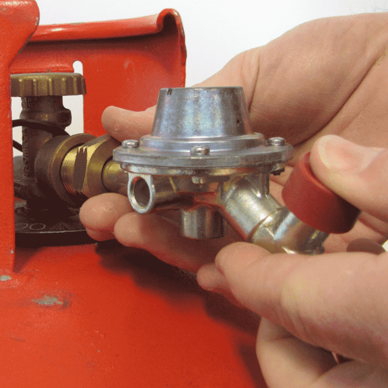Connecting Regulator to Propane Gas Bottle