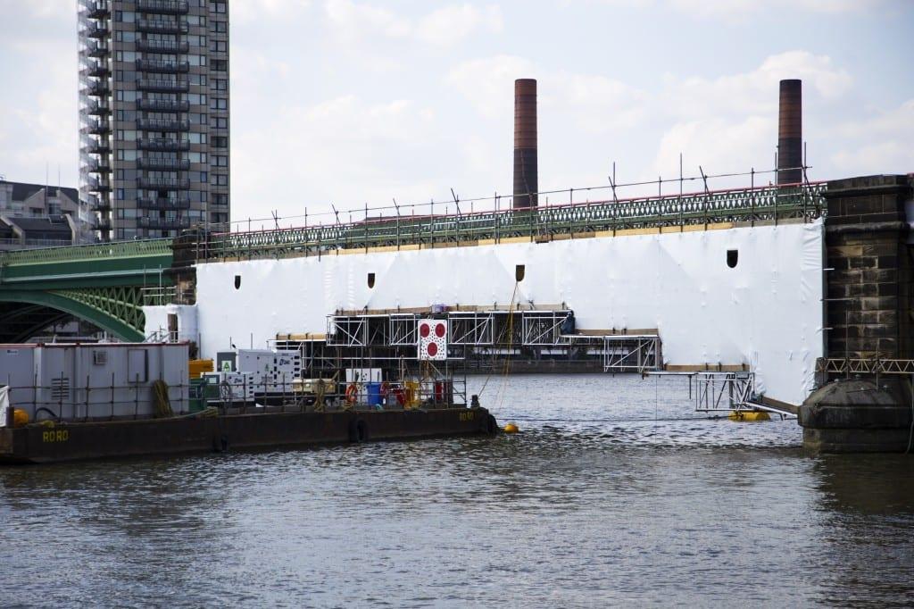 Battersea Rail Bridge access