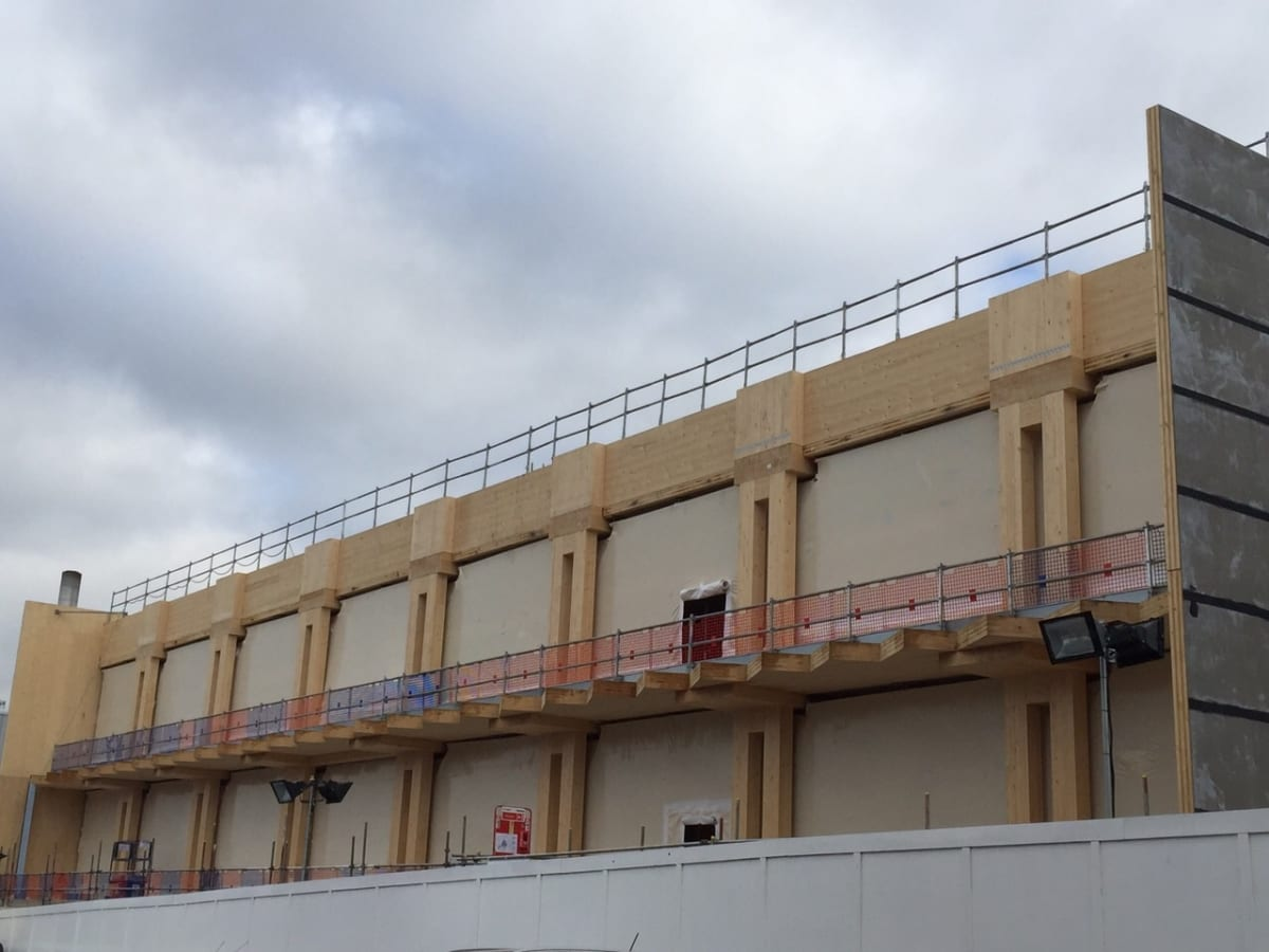 Temporary Construction Screens : Create temporary construction screens in rc frames or